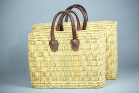 NATUR2. Wicker basket with short leather handles